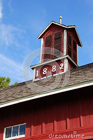 1882 Barn 1
