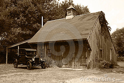 1927 Model T Ford & Old Barn