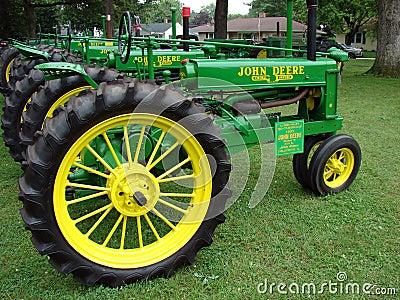 1937 Model B John Deere Tractor Editorial Image