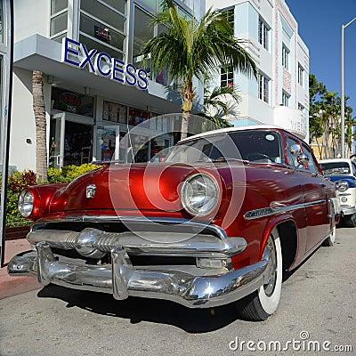 1952 Ford Customline in Miami Beach Editorial Photo