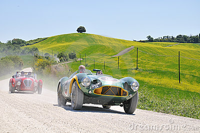 1953 Aston Martin and 1950 Healey at 1000 Miglia Editorial Stock Image