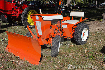 1960s Lawn and Garden Tractor