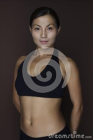 2个亚洲人健身设计