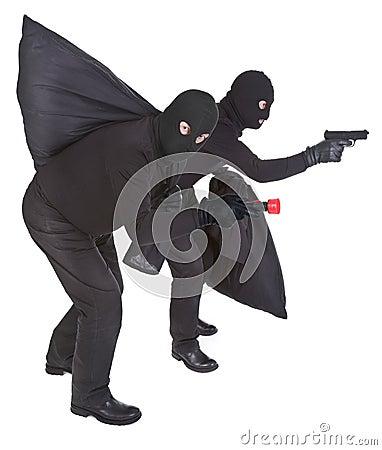 2 разбойника