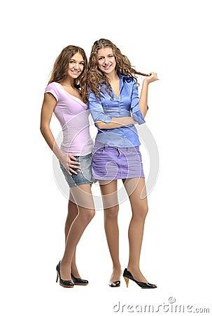 2 девушки