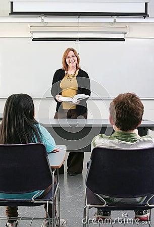 2 studenten en leraar