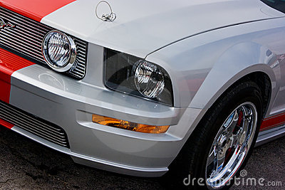 2009 Ford Mustang GT Silver & Red