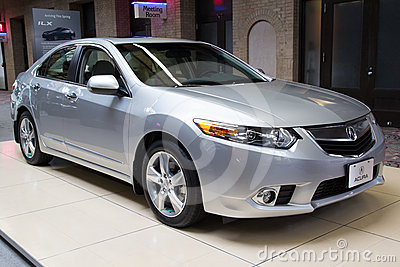 2012 Acura TSX Tech Editorial Photo