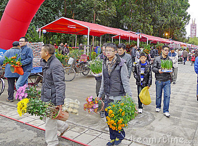 2012 Spring Festival Flower Market in Nanhai Editorial Photo