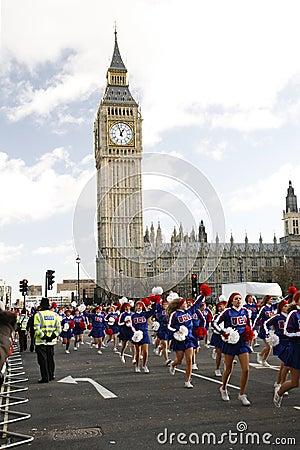 2013年,伦敦新年游行 编辑类库存照片