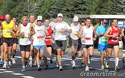25 2011 33rd марафон warsaw -го сентябрь Редакционное Стоковое Фото