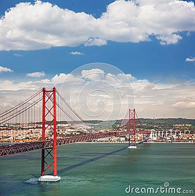 Free 25th Of April Suspension Bridge In Lisbon, Portugal, Eutopean Tr Royalty Free Stock Photo - 38467205