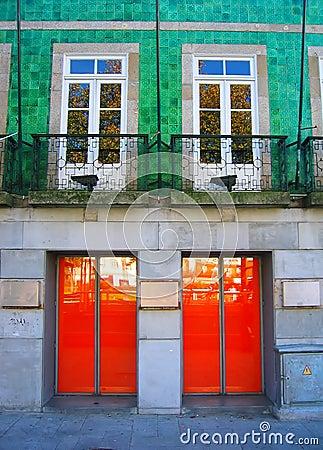 2x2 - Windows vs. Doors