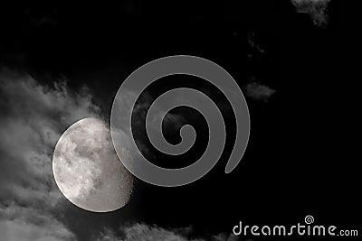 3/4 full moon 2