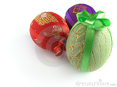 3 easter ägg målade band som binds upp