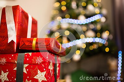 3 Red Covered Present Box Free Public Domain Cc0 Image