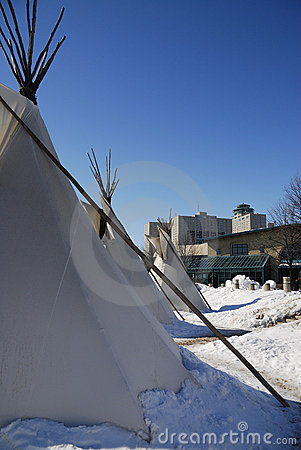 3 tepees