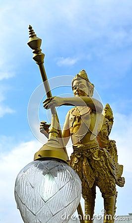 34.Kinnorn Holding Energy Saving Lamp