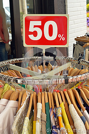 Sell used clothing at your discount stores or flea market. We have a major selection of mixed Used Clothing available at discounted prices