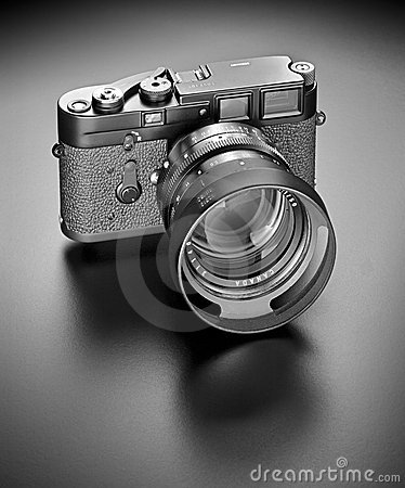 Free 35mm Camera Royalty Free Stock Photos - 6814608