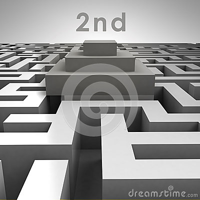 3D maze structure and second place podium