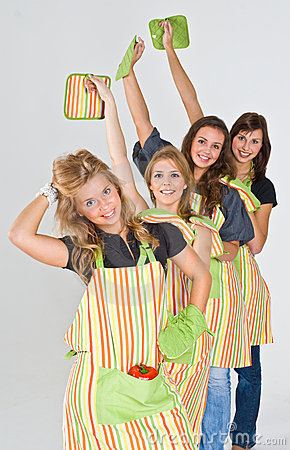 4 Girls Ready to Cook