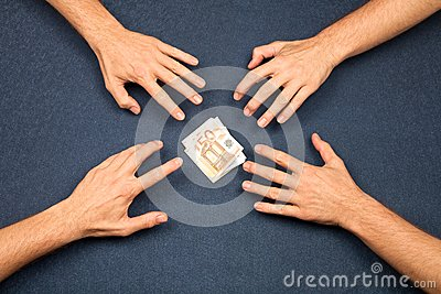 4 hands and a wad of euros