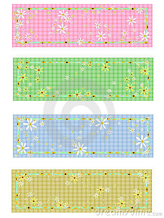 4 matching daisy labels