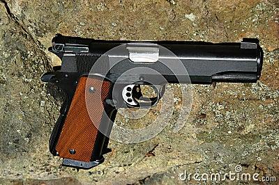 45 cal手枪