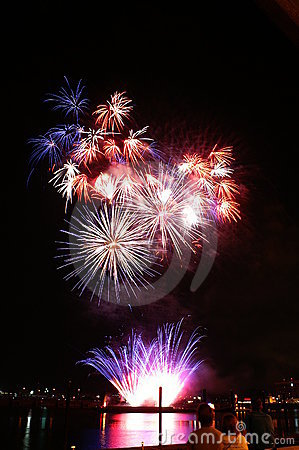 Free 4th Of July Fireworks Royalty Free Stock Photography - 5691247