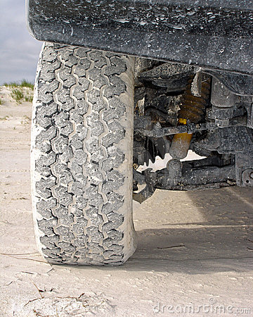 4wd tyre on sand
