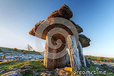 5 000 years old Polnabrone Dolmen in Burren