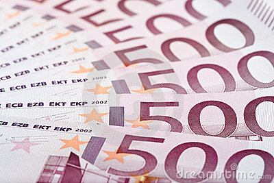 500 Euro bank notes fanned out