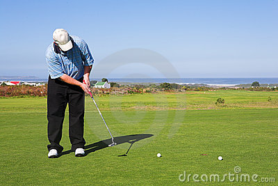 игрок в гольф 56