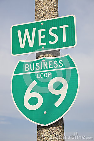 Free 69 Highway Sign Royalty Free Stock Image - 25712636