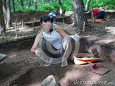 7考古学家