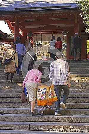 7,5,3 (shichi-gaan-San dat) - tot de tempel gaat