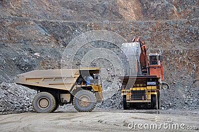 70 ton trucks