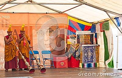 75.as celebraciones del cumpleaños de Dalai Lama Imagen editorial