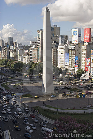 9 de julio avenue and obelisk, buenos aires Editorial Stock Image