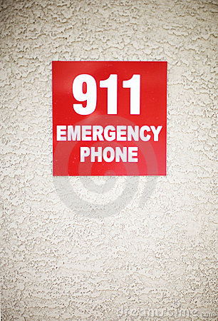 Free 911 Sign Royalty Free Stock Images - 5244099