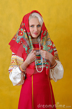 Free A Beautifull Woman In A Folk Russian Dress Royalty Free Stock Images - 4738549