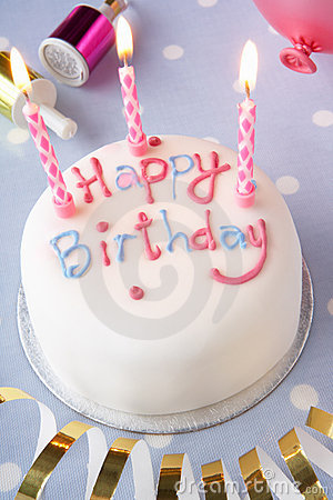 Free A Birthday Cake Royalty Free Stock Photos - 17450178
