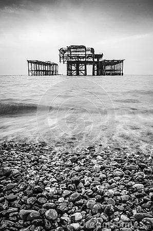 Free A Black And White Of The Old Burnt Out Pier In Brighton Royalty Free Stock Image - 109616776