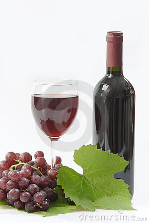 Free A Bottle Of Red Wine Royalty Free Stock Images - 4186969