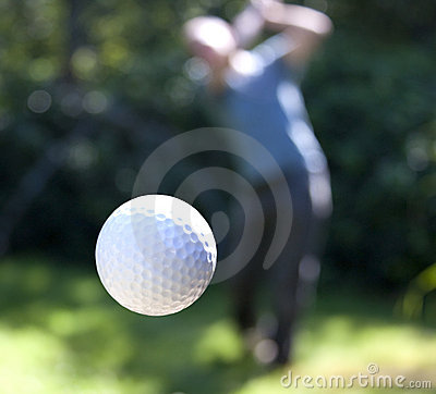 Free A Golf Ball In Flight Royalty Free Stock Images - 15232059