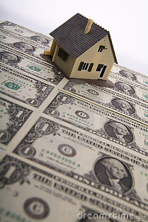Free A House For Sale. Royalty Free Stock Photo - 11912745