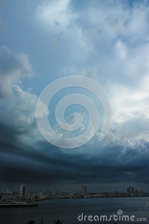 Free A Hurricane Is Making Its Way On Land In La Havana Cuba, Creating A Very Oppressing Scene With Frightening Lightening Royalty Free Stock Image - 131167256