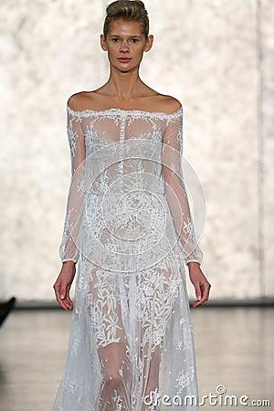 Free A Model Walks At Inbal Dror Bridal Fall Winter 2016 Runway Show Stock Photos - 70615533
