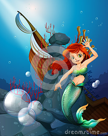 Free A Sea With A Mermaid Near The Wrecked Boat Royalty Free Stock Images - 39271929